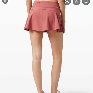 Play off the pleats- skirt